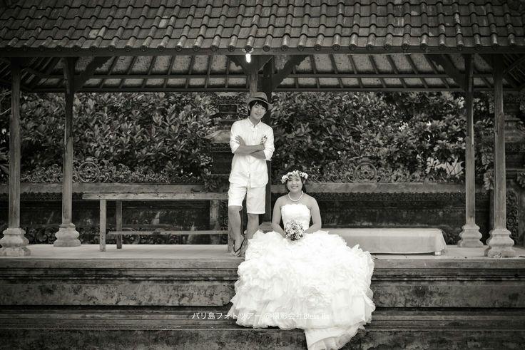Tino撮影のH&K様 バリ寺院でクラシックな雰囲気の一枚✨  Photo by Tino @saggybali , @bless_photography_bali  #バリ #バリ島 #ウブド #クタ #フォトツアー #フォトウェディング #前撮り #プレ花嫁 #写真好きな人と繋がりたい #日本中のプレ花嫁さんと繋がりたい #スミニャック #ハネムーンフォト #カップルフォト #バリ旅行 #blessbali #weddingphotography #marryxoxo #bali #ubud #baliprewedding  #prewedding #fotowedding #발리 #발리허니문 #웨딩사진 #웨딩스냅 #Бали #брак #свадебноефотоg
