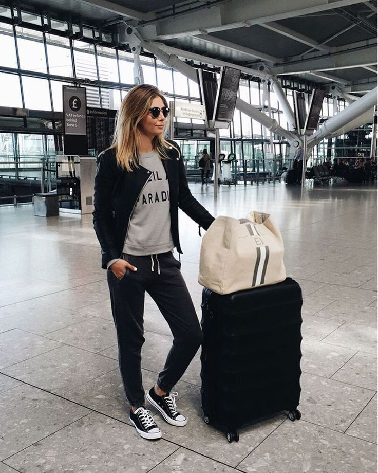 ba601ae70f90 50+ Comfy Travel Outfit Ideas for Women
