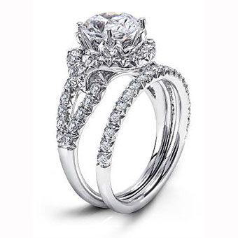 Such a gorgeous ring. diamond ring engagement diamondring engagementring sparkle shine beautiful