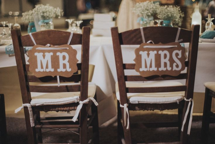 lafete wedding, Sifnos, Cyclades, mr and mrs, deco, seating arrangement