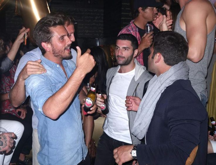 SCOTT DISICK'S DRINKING PROBLEM WORSE? SHOCKING CHLOE BARTOLI PHOTOS MAKE KOURTNEY KARDASHIAN FANS SAY 'HE NEEDS REHAB' (PICTURES)