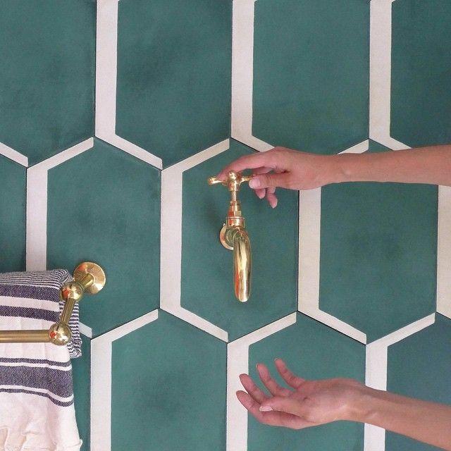HEX LONG SHADOW in #emerald #pophamdesign #cementtiles #handmade #madeinmorocco #graphic #tiles