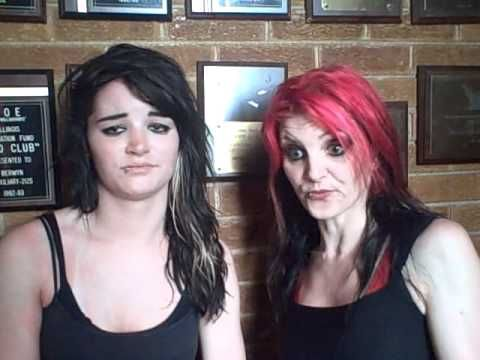 Paige's Mother Holding Wrestling Seminar, Larry Zbysko Helping NXT Talents - StillRealToUs.com