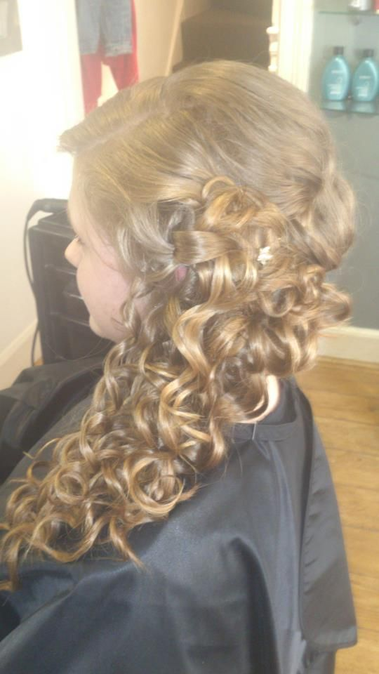 Hair by Charlotte #mamouchihairsalon #redken #redkenready #hair #hairup #curly