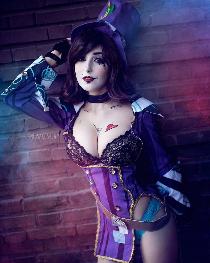 """1,127 Likes, 4 Comments - Gold Standard in Cosplay Pages (@cosplay.and.comics) on Instagram: """"@anissacosplay as #MadMoxxi from #Borderlands 💜 Pic by @zeno_photography_ 📷 Be sure to check out…"""""""