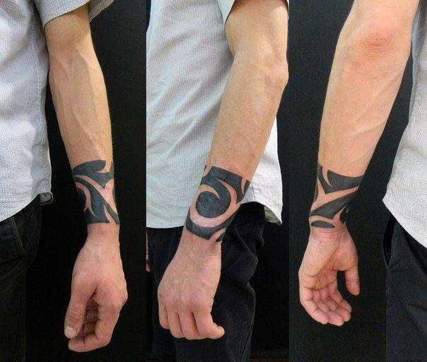 https://s-media-cache-ak0.pinimg.com/736x/12/f2/93/12f293a3b1e4820beb8eef02d59bdbe3--black-work-tattoo-black.jpg