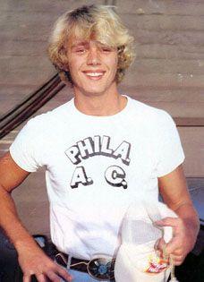 john schneider my very first hollywood crush....*sighs*