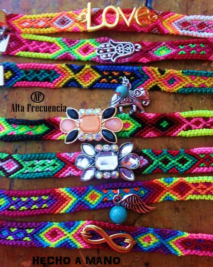 friendship bracelets, Pulseras, tejidas hechas a mano en Mexico, estilo, bohemio,