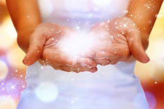 Чудесное исцеление! И что бывает, если ослушаться целителя. Одни верят, что чудесное исцеление возможно, другие категорически это отрицают. В итоге каждый получает то, во что верит. Только сидеть и ждать чуда не следует, нужно идти ему на встречу. Искать тех, кто умеет эти чудеса творить... | http://omkling.com/chudesnoe-istselenie/
