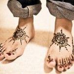 Very Simple Mehndi Designs for Feet 14