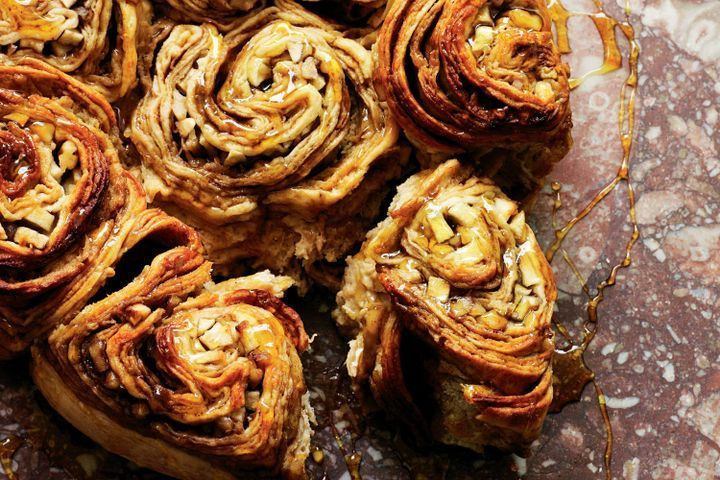 Apple and cinnamon golden syrup scrolls