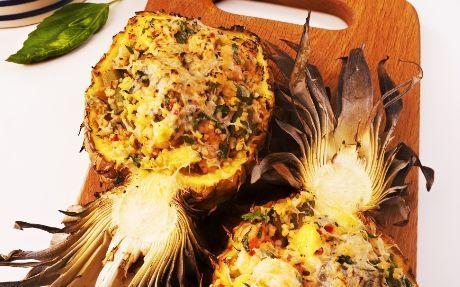 Pineapple, Prawn and Okra Salad