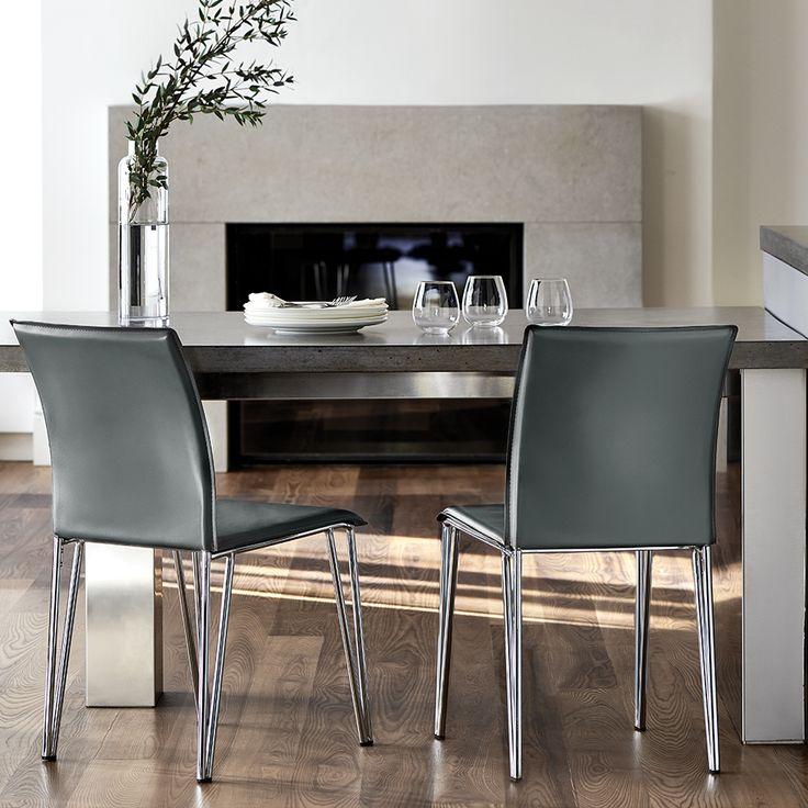 Chaise de salle à manger en simili-cuir et en métal