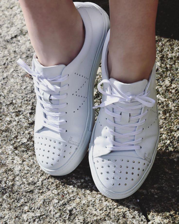 C L A I R E - White . Enjoy the 50% off in the entire online store!  To shop follow our link in the bio (wrocksfootwear.com)  #washedrocks #wrocksfootwear #footwear #shoes #sneakers #sneakerfreak #sneakerhead #patterns #silver #urbanwear #urbanstyle #streetstyle #streetwear #fashion #instafashion #picoftheday #photooftheday #londonfashion  #parisfashion  #berlinfashion #milanfashion #newyorkfashion #fashionstreet #fashionhunter  #topshopstyle #alternativefashion #alternativeboots