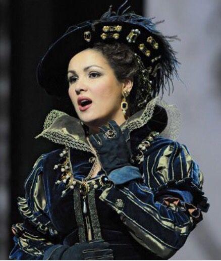 Netrebko as Anna Bolena
