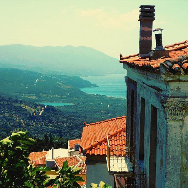 """MARATHOKAMPOS - SAMOS (GREECE) """"Declining from the public ways, walk in unfrequented paths"""" - Pythagoras from #Samos.  Never forget to search for your own ways, when travelling and in life!  #travel #explore #greece #discoversamos #panorama #wisdom #quotes #quotestagram #coast #island #beach #beauty #livelife  #life #beyourself #inspirationalquotes #inspiration #unique #precious #advice #sea"""