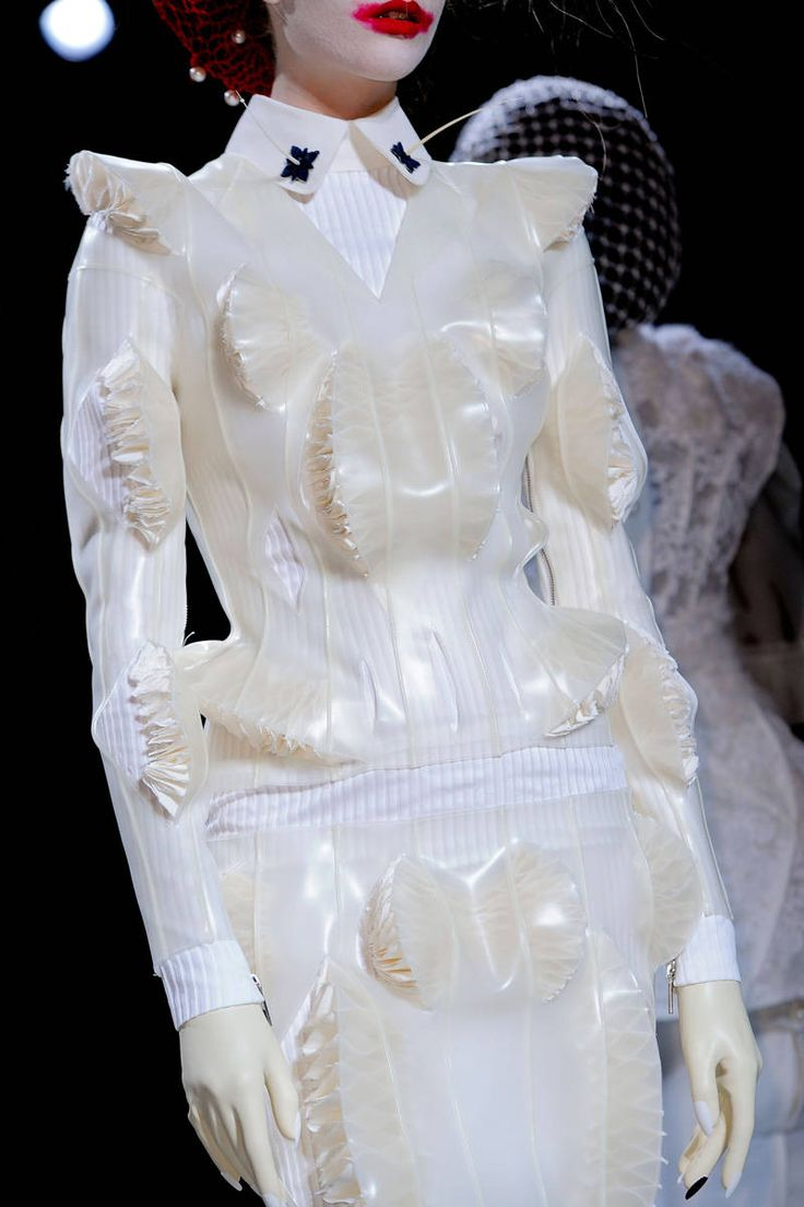 thom browne detail. I aboslutely love this ! <3.. The texture looks amazing !