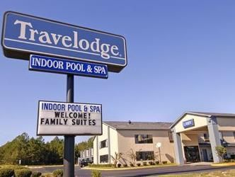 Macon (GA) Travelodge Macon I 475 Hotel United States, North America Travelodge Macon I 475 Hotel is a popular choice amongst travelers in Macon (GA), whether exploring or just passing through. The hotel has everything you need for a comfortable stay. To be found at the hotel are disabled facilities, car park, pets allowed, meeting facilities, safety deposit boxes. Each guestroom is elegantly furnished and equipped with handy amenities. Take a break from a long day and make us...