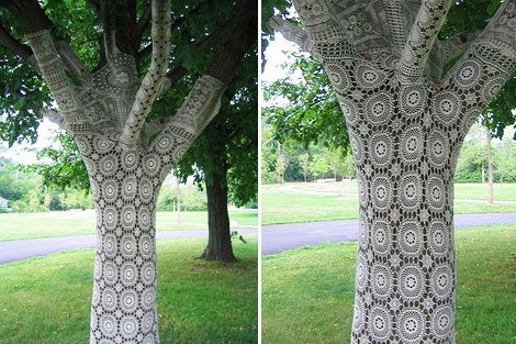 I was doing some research on lace for a project I'm working on and came across this beautiful lace-wrapped tree on Flickr. It's back from 2004 and was located on Wards Island in Toronto, Canada. You can see more of this piece called Early Frost by Janet Morton