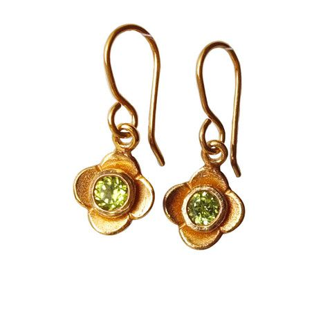 The best in Newzealand for the women of exotic fashion tastes offers earrings jewellery online at just a click away to make your festival memorable. contact us on 035248597 http://redmanuka.co.nz/
