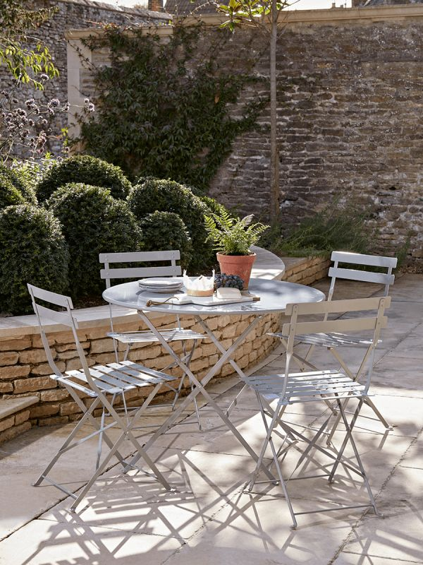 NEW Metal Outdoor Dining Set