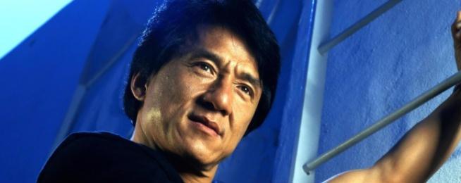 Stallone aveva già chiesto a Jackie Chan di partecipare a I mercenari 2, ma come sappiamo non se n'è fatto più nulla, per via di altri impegni precedentemente presi da Jackie. L'offerta di Sly però è ancora in piedi, e l'attore è ancora disposto ad accettarla, a patto che si tratti non di un quasi-cameo come quello di Chuck Norris ma di un ruolo effettivo.