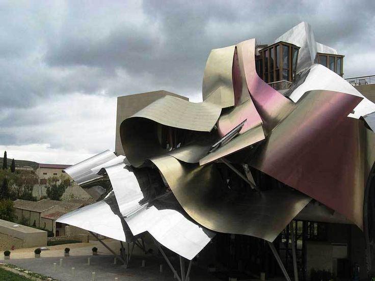 Arquitectura y vino - Bodegas y Hotel Marqués de Riscal #wine #architecture #vino #arquitectura