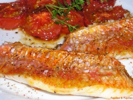 Image Taste Buds and Pupils - red mullet fillets with tomatoes