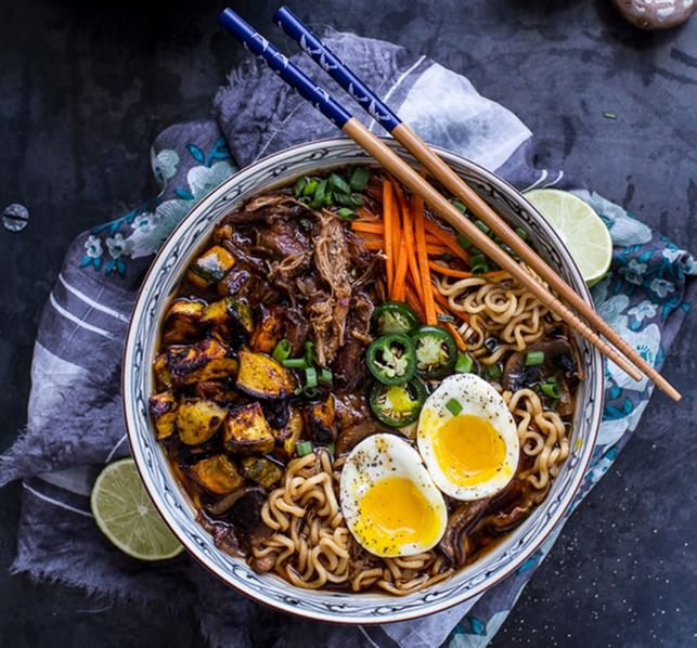 12 Ramen Recipe Upgrades That Are Completely Unexpected, Because You Can Do Better Than A Flavor Packet | Bustle