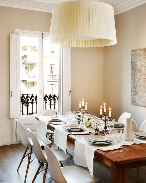 Farmhouse table, white dishes and table runners running the opposite direction - How chic!