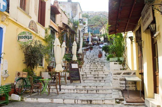 Πλάκα (Plaka) in Αθήνα, Αττική.  Tourist neighborhood