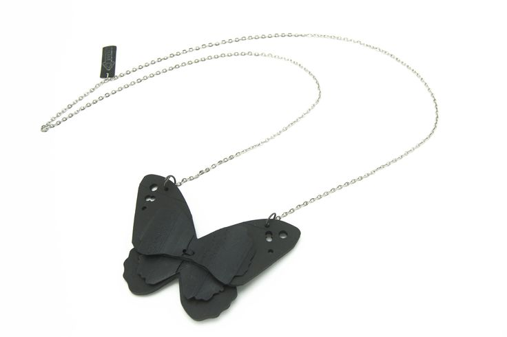PERHONEN necklace made out of recycled rubber