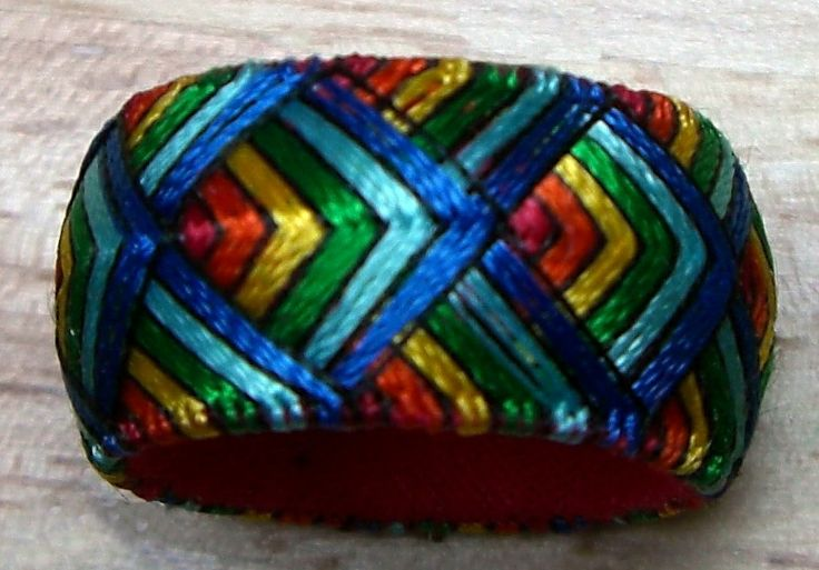 Yubinuki thimble ring in Rainbow Waves by Lydia Preckel