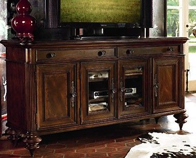 THOMASVILLE 'HEMINGWAY COLLECTION' MEDIA CONSOLE