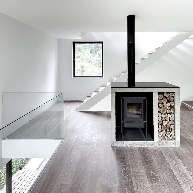 La madera natural esta presente en toda la casa. | Galería de fotos 1 de 7 | AD MX