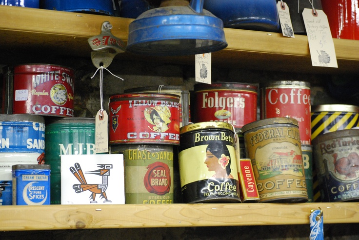 I have been slowly gathering antique Folgers coffee tins and jars for my Dad.: Dad, Coffee Tins, Antique Coffee, Gathering, Antique Folgers, Advertising Tins, Coffee Stations