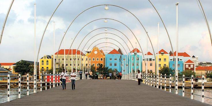 #Curaçao : Crossing the Queen Emma pontoon bridge will take you to the city's Otrobanda district.