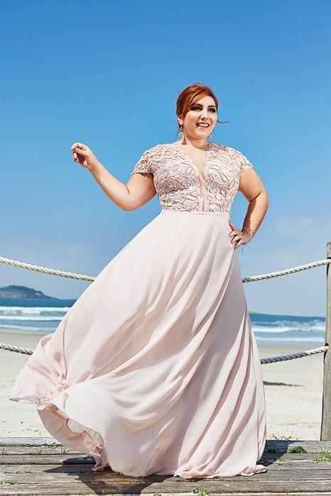 Vestido de festa plus size para formatura, madrinha de casamento e debutante.