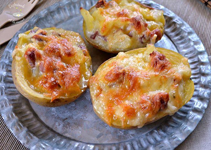 Deliciosa receta de patatas rellenas de jamón ibérico y roquefort del blog Disfrutando de la Cocina.