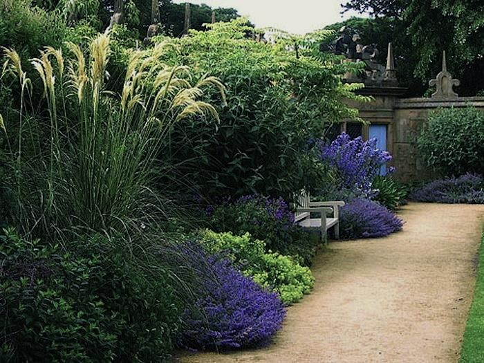 Eco friendly paving solutions gardenista garden ideas for Landscaping ideas with pampas grass