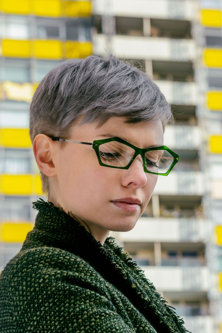 Short hairstyles with glasses - Natevisuals Shoot W Egle B For Crosseyes Uk Glasses Shot By Me Www Pixie Haircutsshort