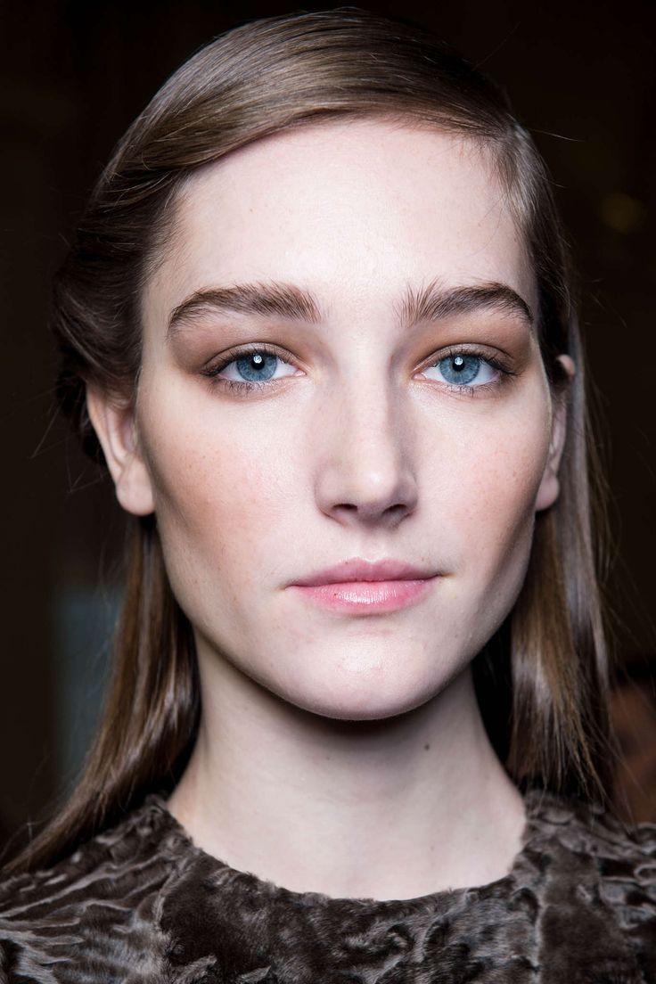 Jos 233 Phine Le Tutour Hair Makeup Beauty Anastasia