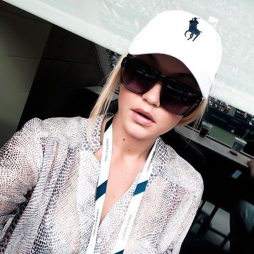 Image via We Heart It #beautiful #blonde #fashion #model #ralphlauren #streetfashion #fashionstyle #instagram #gigihadid