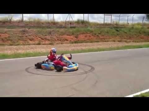Fernando Alonso karting: show off!