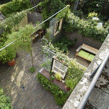 25 beste idee n over achtertuin indeling op pinterest achtertuin patio tuinen en tuinindeling - Creeren van een tuin allee ...