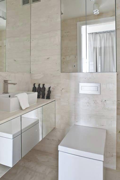 Kubistyczna toaleta