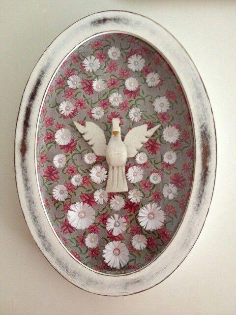 Quadro divino com tecido e flores