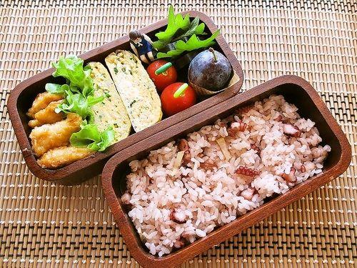 ☆タコ飯 ☆鶏むね肉の甘酢あん ☆ネギ入り玉子焼き ☆ rice with octopus, chicken in sweet vinegar, eggs with green onion
