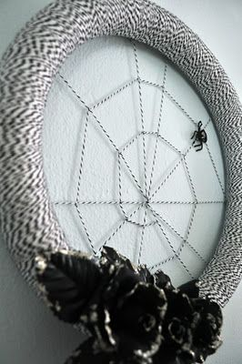 Black + white Halloween spiderweb wreath. Repinned from Vital Outburst clothing vitaloutburst.com