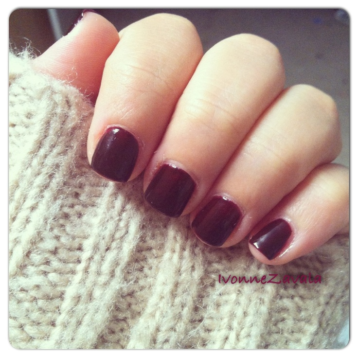 Fall: short, soft square, glossy maroon and cable knit